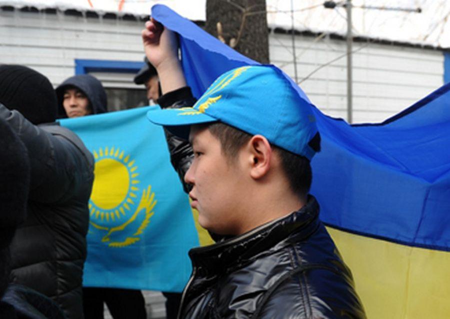 Национализм Казахстана, словно сон разума, порождает чудовищ - Ритм Евразии