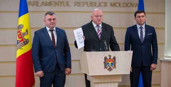 Молдова: распад коалиции не очевиден, но в перспективе неизбежен